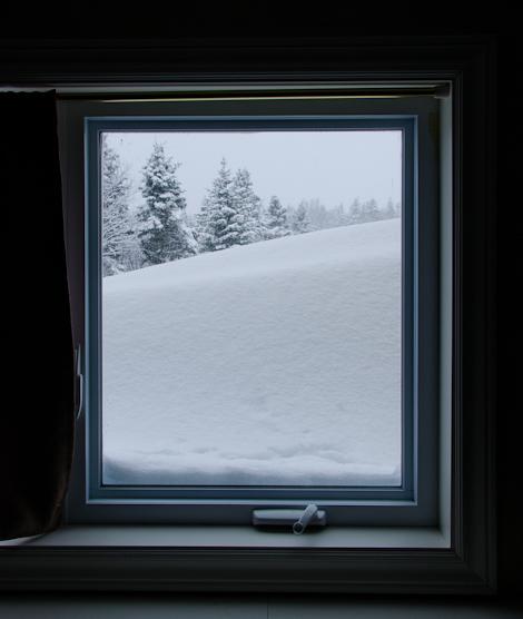 Snow outside the window - Torbay