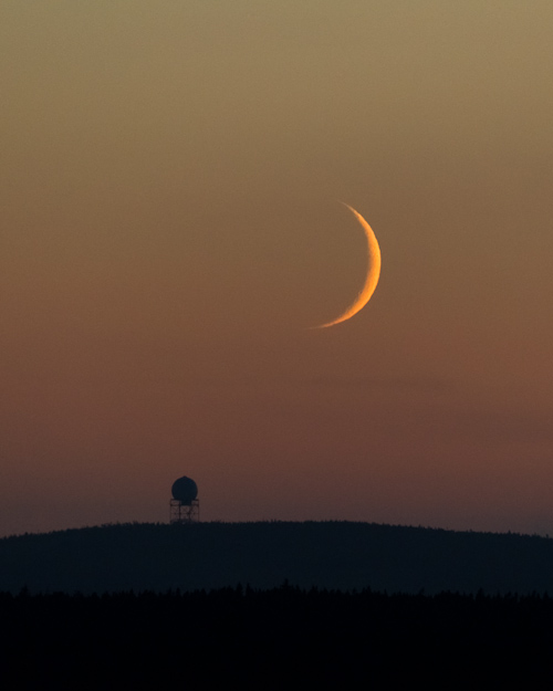 Young moon setting - Father Troy's Trail