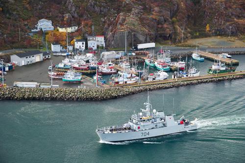 HMCS Shawinigan in the Narrows - Signal Hill, St. John's