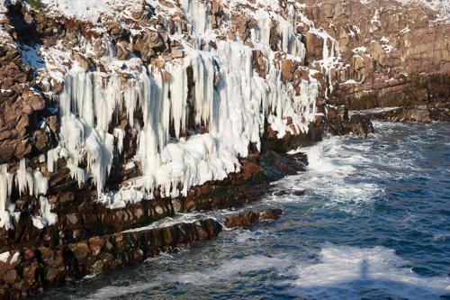 Doyles Cove icicles - Blackhead Path