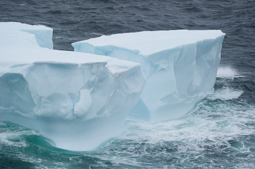 Iceberg in rough sea - Stiles Cove Path